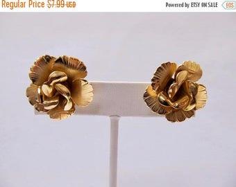 ON SALE Vintage Textured Rose Earrings Item K # 1493
