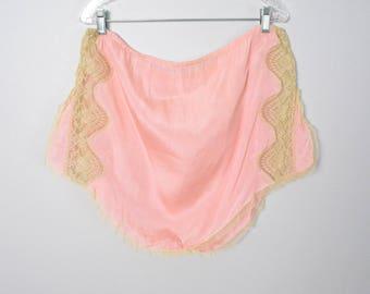 Vintage 1930s Tap Pants 30s Volup Lingerie Size Large Pink Silk Panties Lace