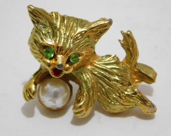 Vintage Cat Pin with Green Rhinestone Eyes and Pearl Ball