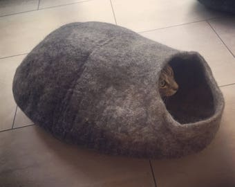 Felted wool cat cave bed with 100% natural undyed Tyrol wool. Perfect small dog or cat pod