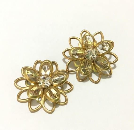 Vintage Brass Floral Filigree Earrings Swarovski Crystal Clear Rhinestone 20mm Titanium Stainless Post Flower Minimalist Stud Ladies Jewelry