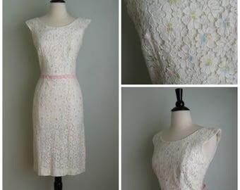 Vintage 1960's Floral Pastel Wiggle Dress// Pink// Flowers