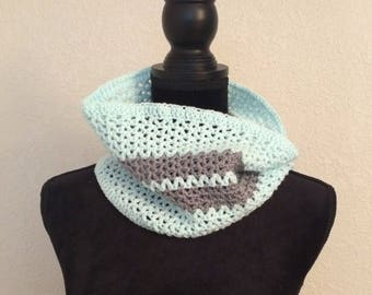 Kimmy Mint and Grey Cowl
