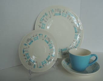 Blue Heaven place setting, 4 pc dinnerware, Beautiful condition, Vintage