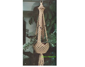 Plant Hanger 1970's Vintage Macrame Pattern Retro Home Decor Macrame on Cool o Roonie