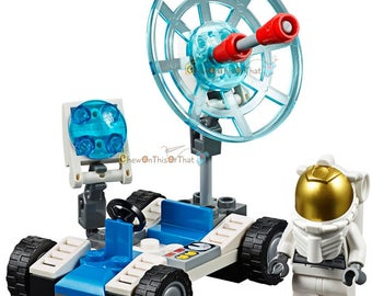 Astronaut Space Vehicle Lego Set - Toy & Collectible, Bricks Building Block Toy Set, Moon, Stars, Solar System, Mars, Earth - Test Drive