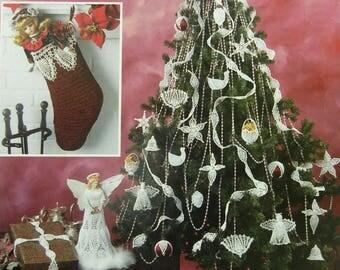 Pineapple Christmas Crochet (Christmas Tree Crochet Book) OOP Book by Annies Attic - 1997