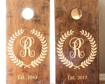 Laurel & Initial Custom Cornhole Set