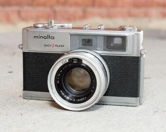 Minolta Hi-Matic 9 Camera