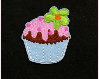 """Fusible embroidered patch """"pattern 6"""" cupcakes sweet pinup rockabilly cherry x 1"""
