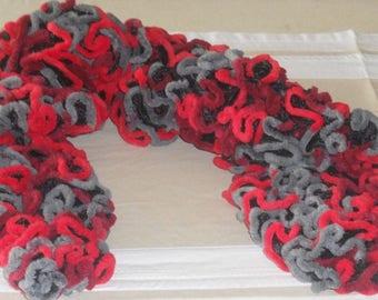 Handmade - Scarf ruffle edge velvet black/grey/red