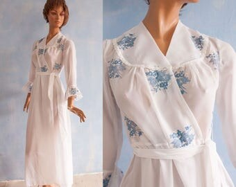 Vintage 70s  white blue flower embroidery robe cover up / long sleeves maxi sheer  Peignoir Robe /  S