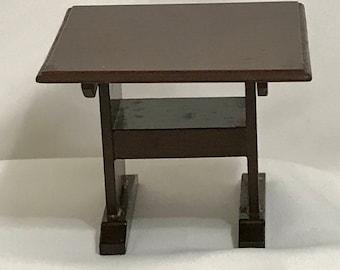 "Dollhouse Miniature 1"" Scale Tilt Top Table"