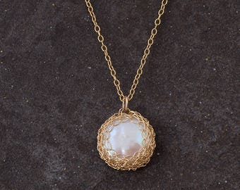 Bridesmaids Pearl Necklace, Single Pearl Necklace,Crochet 14K Gold Filled Pendant,Bridal jewelry, Fresh Water White Pearl, Elegant Necklace,