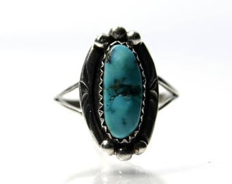 Turquoise Ring Vintage Southwestern Sterling Silver Size 8.25