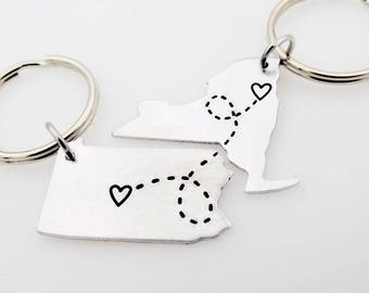 Custom State Country Map Keychain, Moving Away Gift, Long Distance, Best Friends, Long distance Love, Long distance gift, matching set of 2