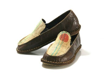 CLEARANCE Sale - Dark Brown Flat Anatomic Leather Shoes = EURO # 39 - Handmade by WalkaholicS
