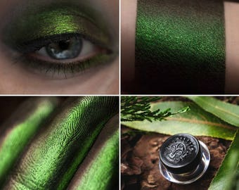 Eyeshadow: Mother-Nature - Druidess. Bright green satin eyeshadow by SIGIL inspired.