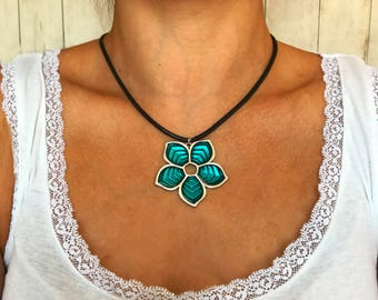Turquoise Leather Necklace Leather Choker Necklace for Women Necklace Boho Choker Flower Necklace Pendant Leather Necklace Turquoise Jewelry