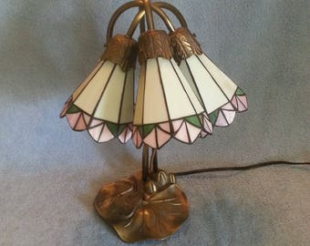 Angels Trumpet Lamp - Tulip Lamp - Stained Glass Shades