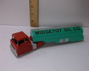 Vintage Midgetoy die cast Tractor and Oil Tanker, midge-toy oil company .epsteam