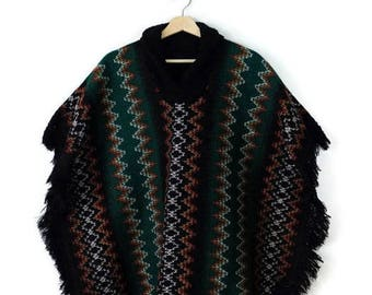 Vintage Green/Colorful Zig Zag Stripe Fringed Poncho from 70's*