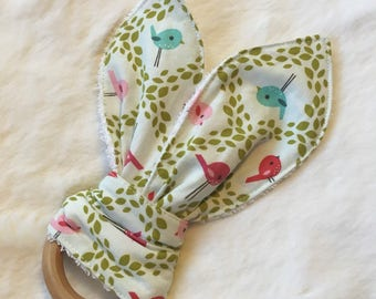 Wooden Teething Ring - Natural Teether - Bunny Teether - Birds - Modern Baby - Spring