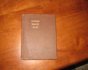 "Stevenson's Treasure Island 1921 Macmillan's Pocket Classics Miniature Book 4 1/2"" x 5 3/4"" Hardcover 229 Pages"