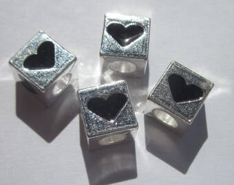 4 square beads with heart pattern with large hole 10mm (119)