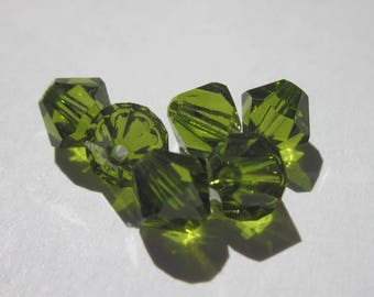 6 genuine swarovski 6 mm - olivine green (73) Crystal bicones
