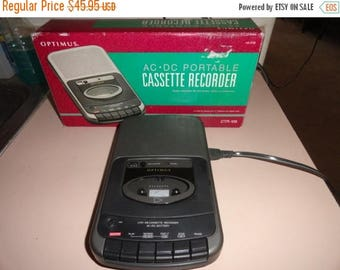 50% OFF Vintage cassette tape player and recorder with box