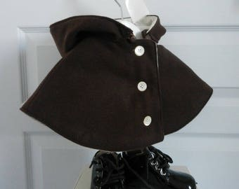 Mini cape chocolate brown baby with hood - 1 month