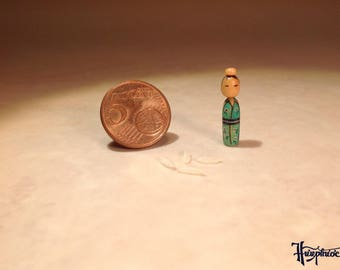 Miniature Kokeshi Made of wood - Item Number K21