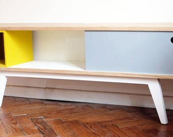 Low console TV gray and yellow