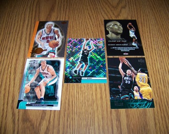 25 Vancouver (Memphis) Grizzlies Basketball Cards