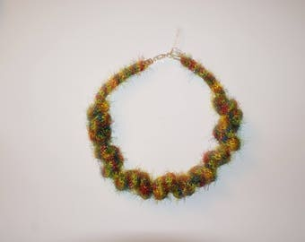 """Multico"" two-tone knit Ribbon necklace"