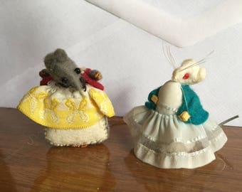 Tiny Felt Mice in Very Nice Clothes