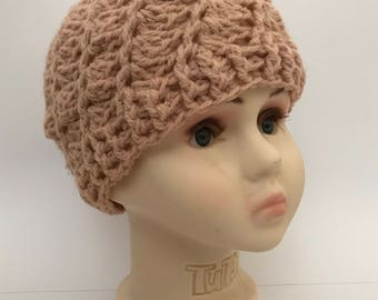 Dusky pink crochet hat