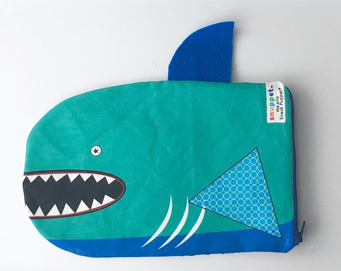 Reusable Lined Zipper Bag- Shark (FREE SHIPPING)