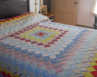 Large Size.   All American, Vintage,  Boston Commons Quilt.    Hand Done.