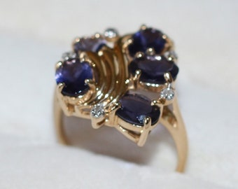 Tanzanite and Diamond 14K Ring