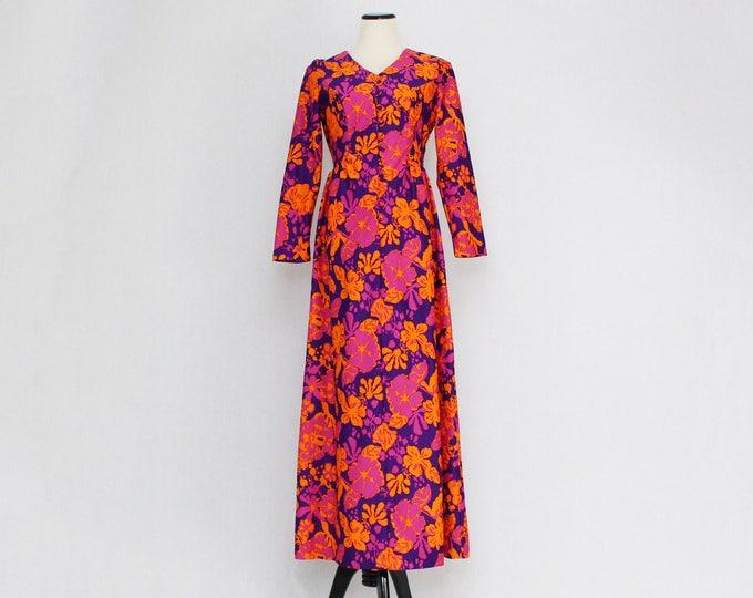 Vintage 1970s Hawaiian Floral Hostess Dress - Size Medium