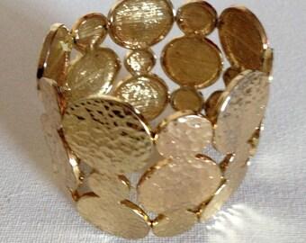 Bracelet - funky chunky gold cuff elasticated bracelet