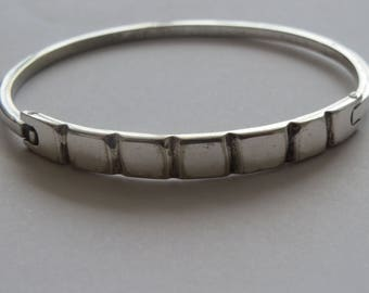 Vintage  Mexico Mexican Sterling  Silver Segmented Hinged  Bracelet