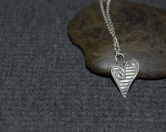 silver heart necklace, sterling silver dainty necklace, everyday dainty jewelry, small heart necklace, love necklace, anniversary gift