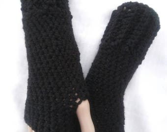 Crochet Fingerless Madeleine Gloves- Black