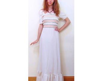 Vintage 70s Maxi Dress/Folk/Boho/Gypsy/Hippie/Hippy/Prairie Dress/70s Dress/Embroidered Dress/Festival Dress/UK 8