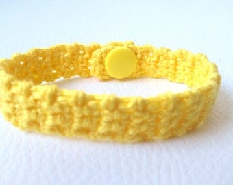 Armand crochet yellow