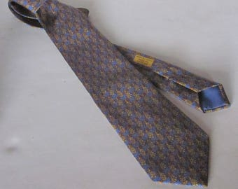 Vintage HERMES Man's Necktie- Gray Blue with Pineapple Motif -100% Luxurious Silk-Made in Paris