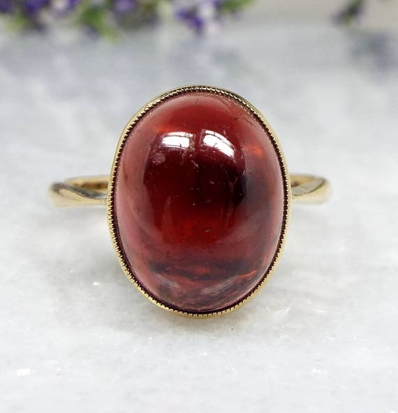 Antique Edwardian 9ct Yellow Gold Cabochon Red Garnet Solitaire Ring / Size N